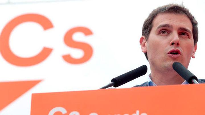 """Rivera pide a Rajoy que """"rectifique"""" y siga aplicando el artículo 155"""