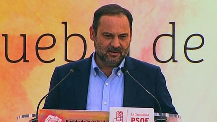 Abalos dice a Torra que para hablar con Rajoy,  antes debe escuchar al 53% que no son independentistas