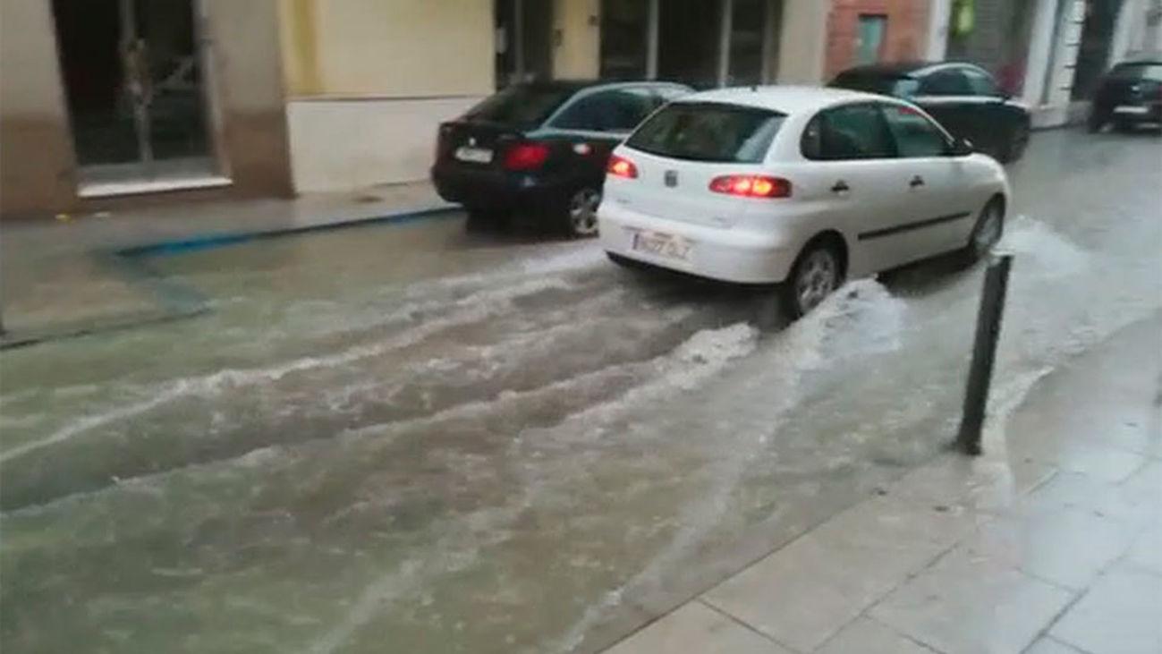 Sigue la alerta por lluvias y tormentas que han causado numerosos daños en Andalucía