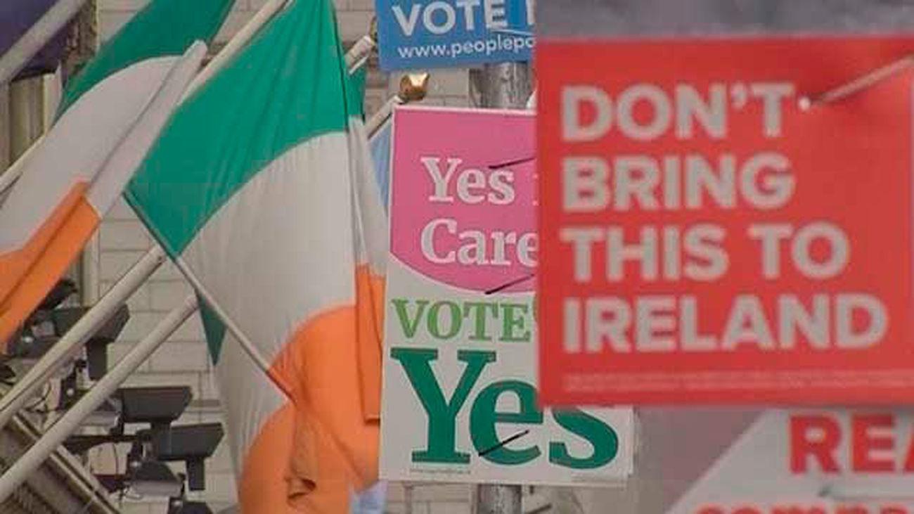 Los irlandeses votan en referéndum sobre la reforma de la ley del aborto