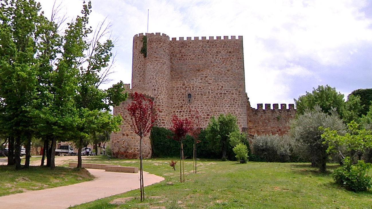 El Castillo de la Coracera, una vinoteca en San Martín de Valdeiglesias