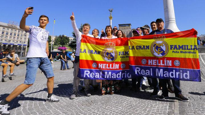 Raúl, Roberto Carlos, Mijatovic, Arbeloa y Salgado encienden la fan zone