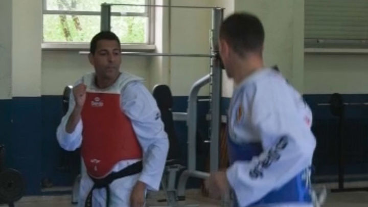 Carlos Morán, policía y taekwondista
