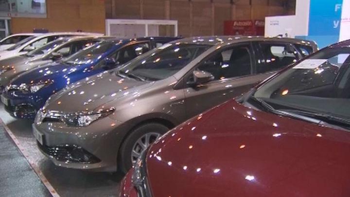 Crece la oferta de coches híbridos y eléctricos en el Salón del Vehículo de Ocasión