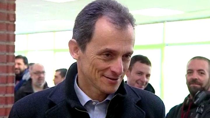 Pedro Duque utilizó  una sociedad para eludir impuestos de su chalet en Jávea, según OkDiario