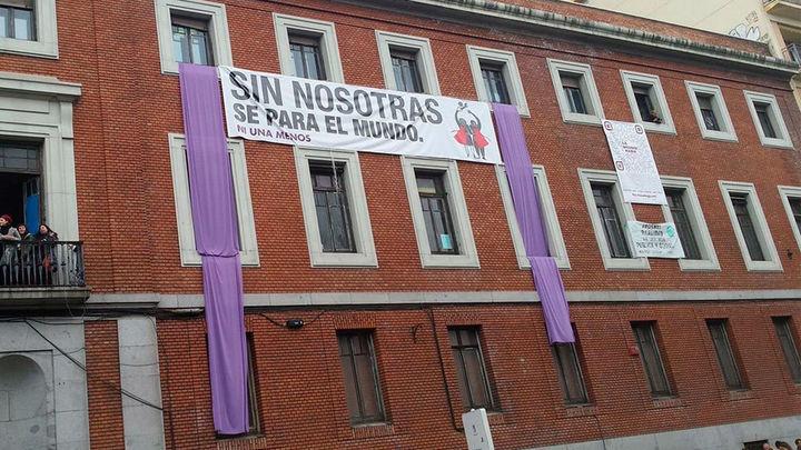 Fracasa el nuevo intento de desalojo del edificio okupado de la calle Gobernador