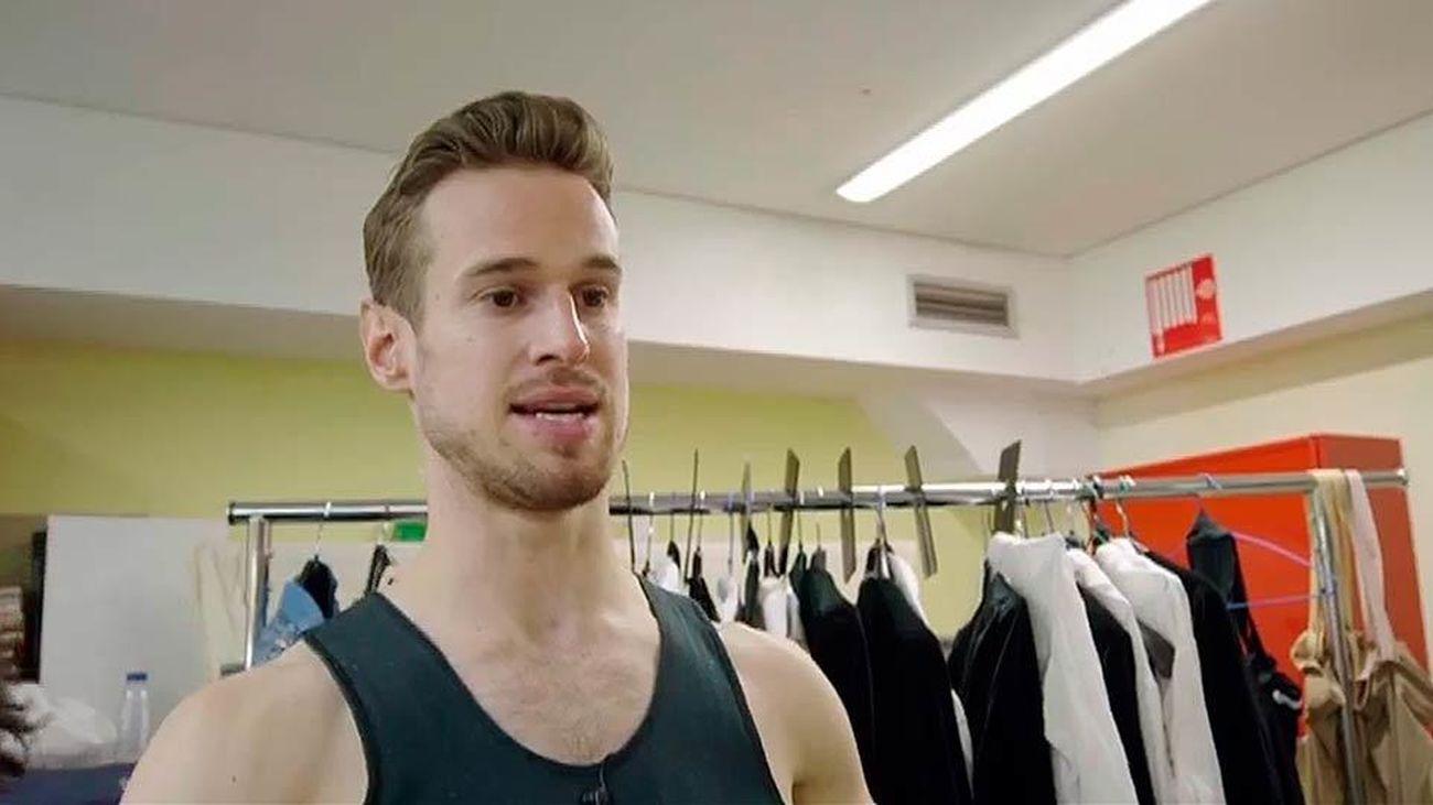 Jesse Inglis, un bailarín australiano en la Compañía Nacional de Danza