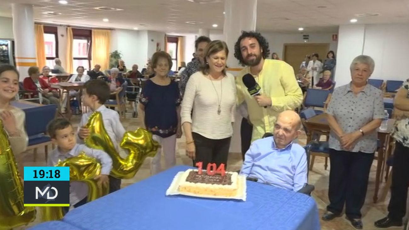 Justo celebra su 104 cumpleaños en familia