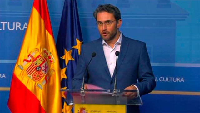 Maxim Huerta dimite como ministro de Cultura y Deporte