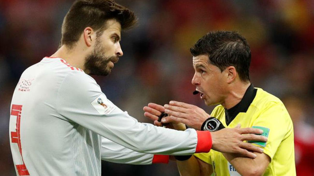 """Piqué: """"Los árbitros son madridistas"""""""