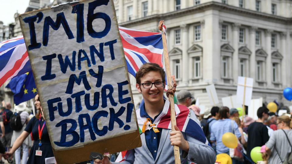 """Miles de personas exigen en Londres votar sobre los términos del """"brexit"""""""