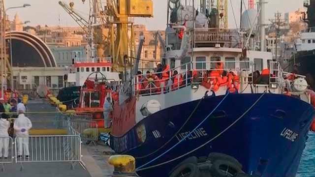 El Lifeline a su llegada a Malta