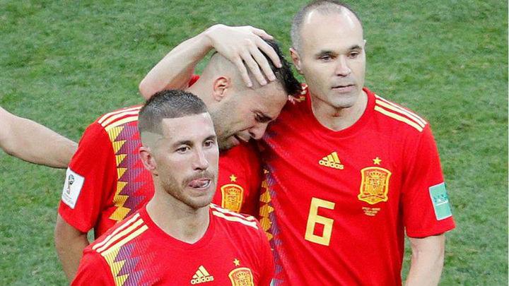 1-1 (3-4). Los penaltis mandan a casa a una España sin fútbol ni gol