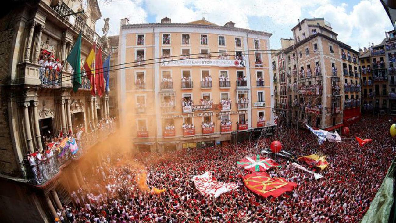 La fiesta toma Pamplona con el chupinazo  que abre 204 horas de Sanfermines
