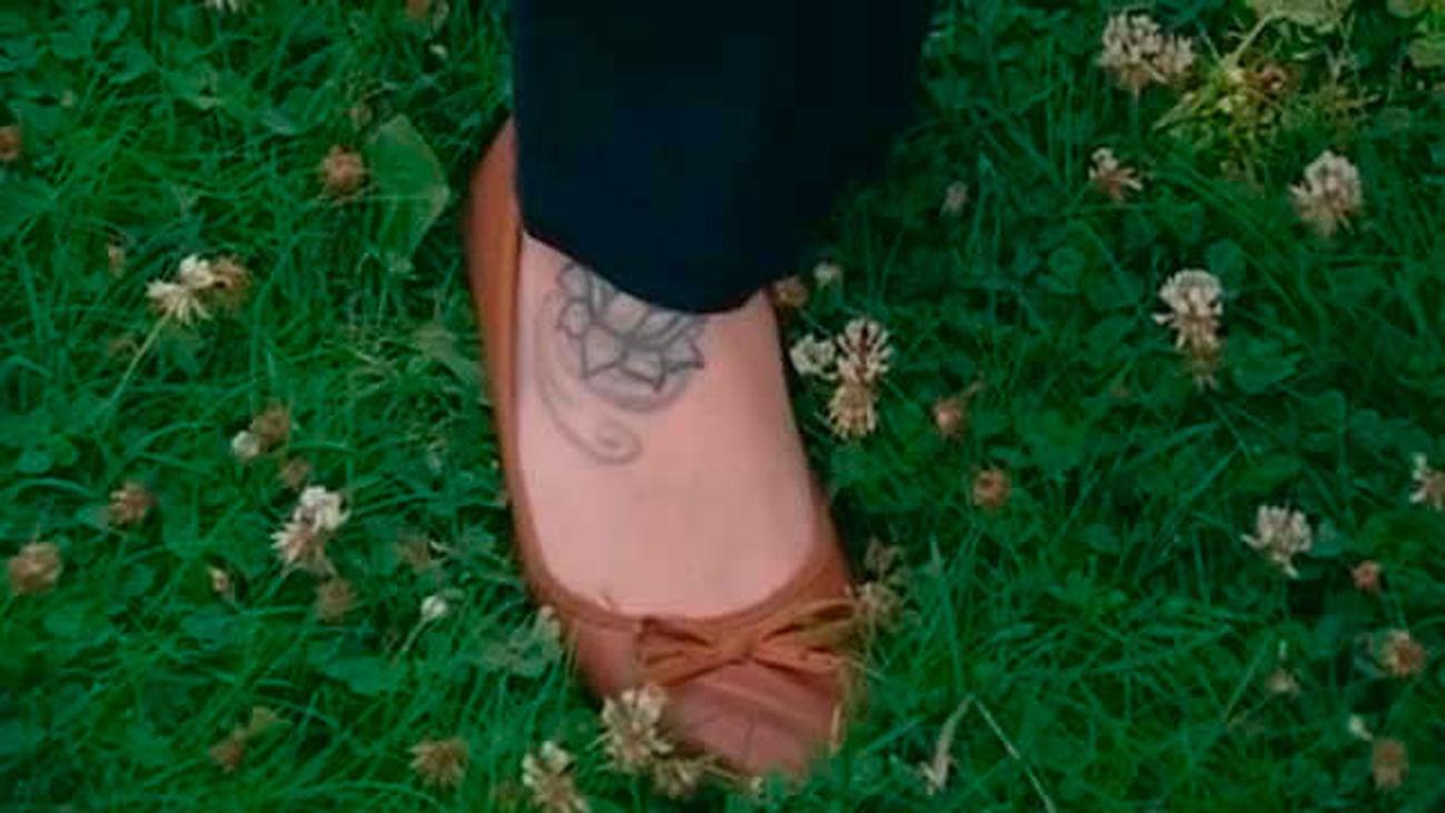 Defensa cambiará las bases para evitar discriminación entre hombres y mujeres por los tatuajes