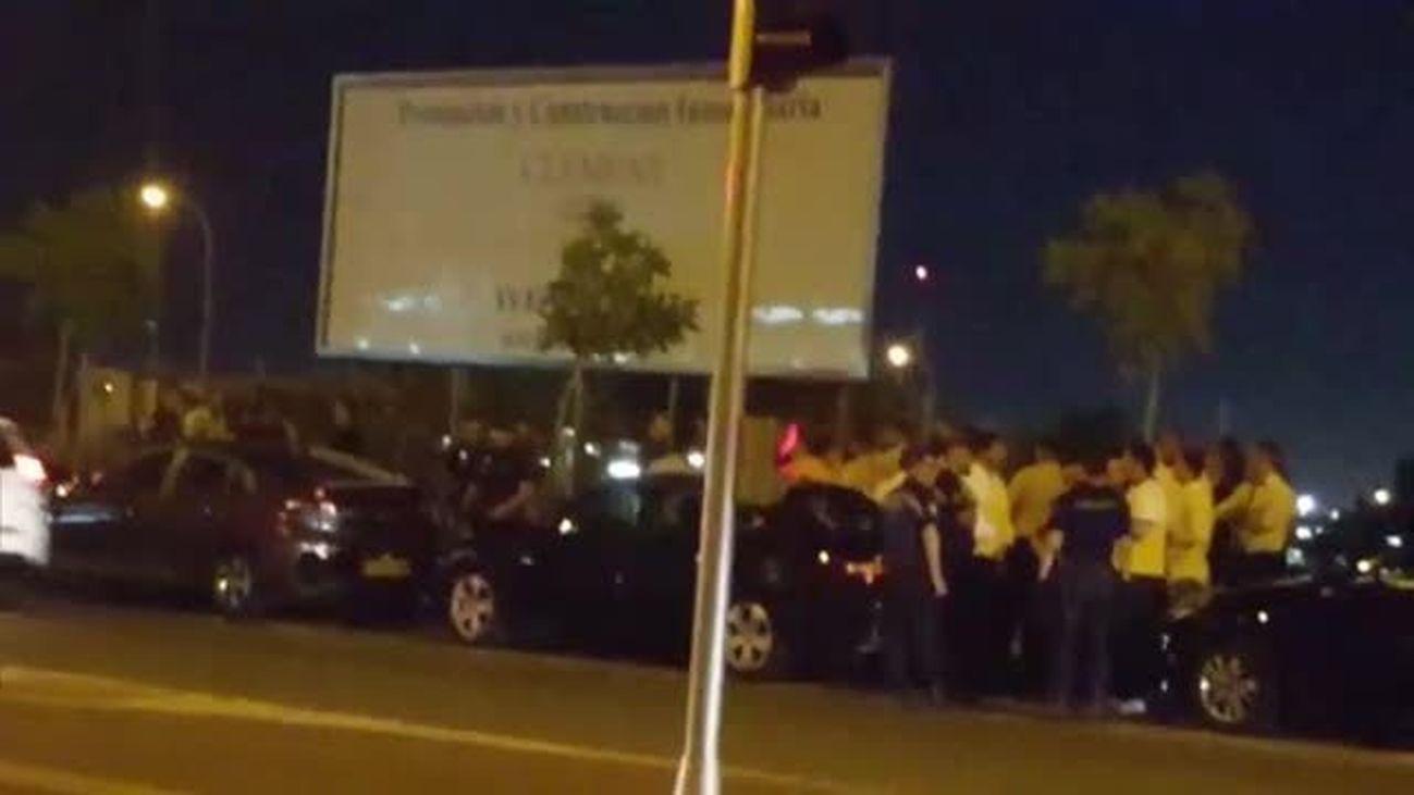 Tensión entre taxistas y conductores de VTC cerca del Mad Cool