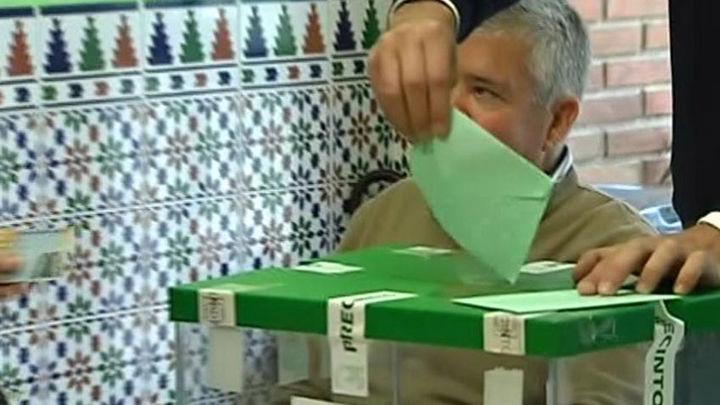 Análisis de la elecciones andaluzas con Esperanza Oña (PP), Luz Rodríguez (PSOE) y Matías Alonso (C's)