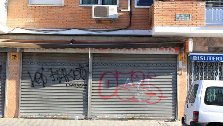 Arrestadas dos personas que intentaron robar en la tienda de los padres del niño atropellado en Usera