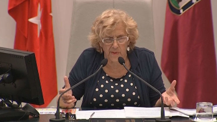 """Carmena aborda el """"flagelo de la corrupción"""", se pone """"en la piel"""" del PP y remarca la """"honradez"""" de su equipo"""