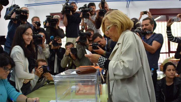 """Carmena: """"Ha ganado el cambio, el reto es hacer de Madrid una ciudad decente"""""""