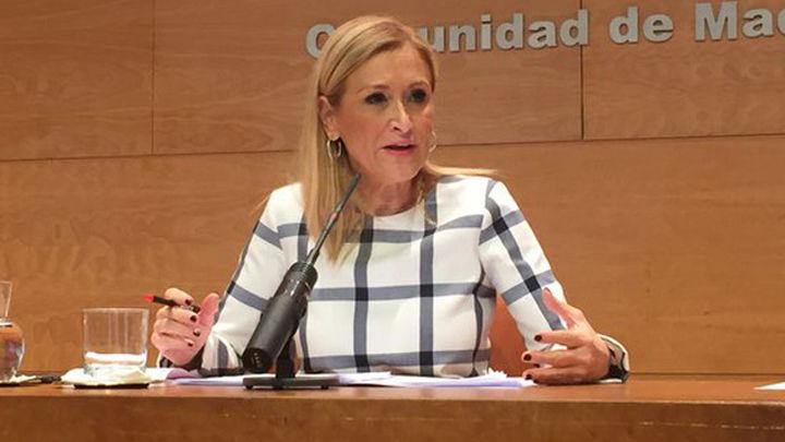 """Cifuentes espera que Wanda no venda el edificio España y pide al Ayuntamiento """"que se ponga las pilas"""