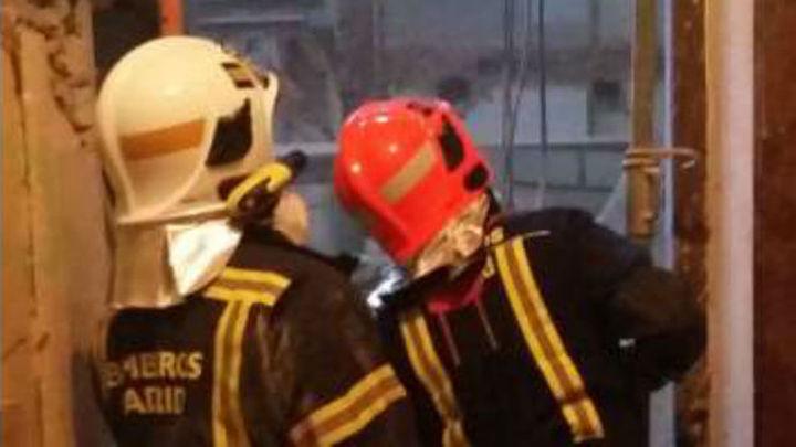 Fallece un trabajador de 46 años tras el derrumbe de los forjados de un edificio en la calle Lagasca