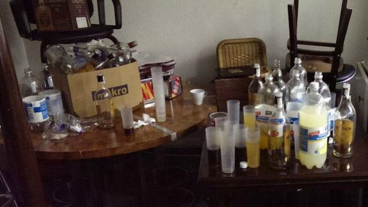 Tres jóvenes detenidos y 3 policías heridos en una fiesta ilegal en un sótano de Doctor Esquerdo