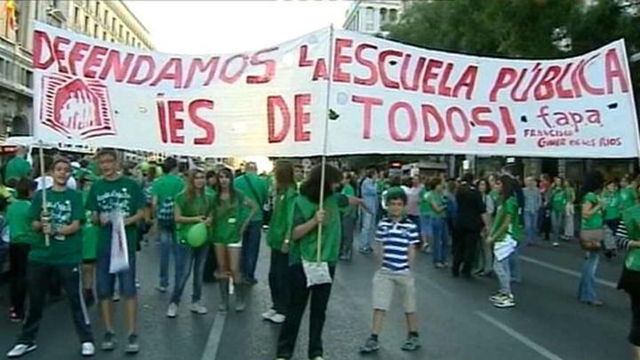 Madrid cifra por debajo del 10% el seguimiento de la huelga por los docentes