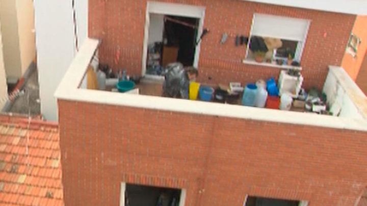 Ocupan su casa mientras están de puente. Entrevista a Andrés Vilacoba, de Vilacoba y Parra Abogados
