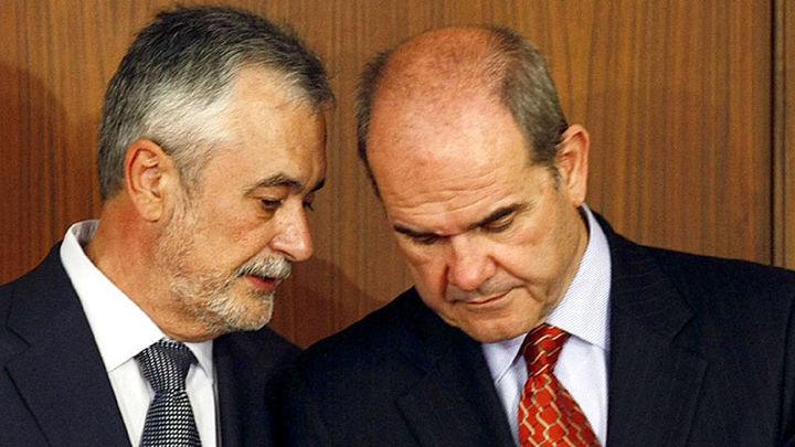 Chaves y Griñán vuelven a banquillo de los acusados en la recta final del juicio