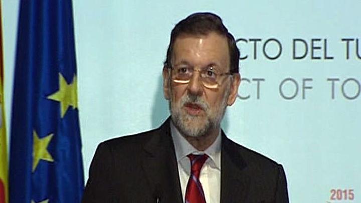 """Rajoy asegura que """"el turismo es el buque insignia de la economía española"""""""