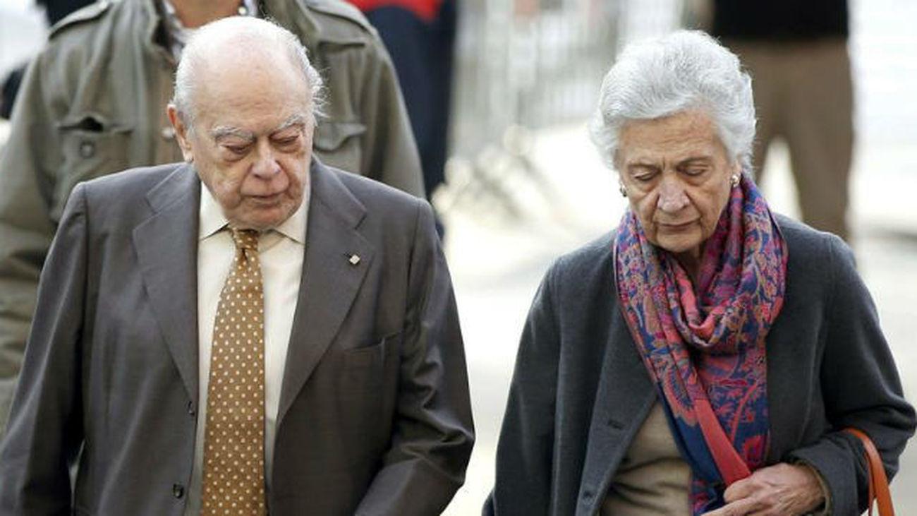 El expresidente catalán Jordi Pujol y su esposa Marta Ferrusola se niegan a aclarar más dudas sobre su fortuna