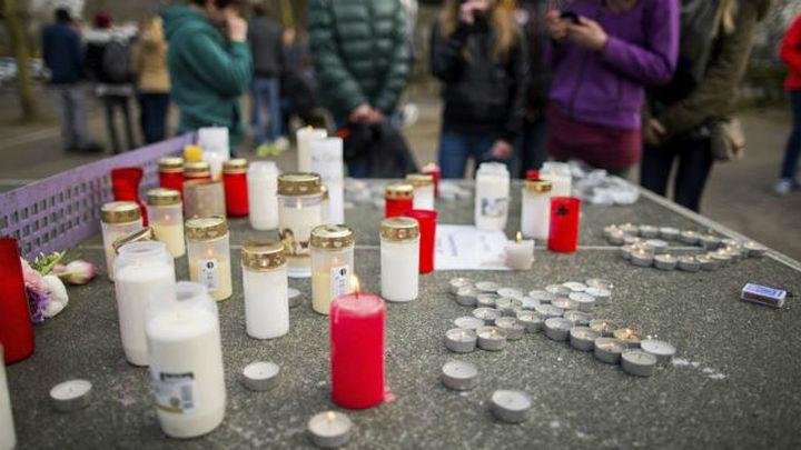Son 150 vidas rotas. Entre sus historias algunas tan desgarradoras como la de los 16 estudiantes alemanes