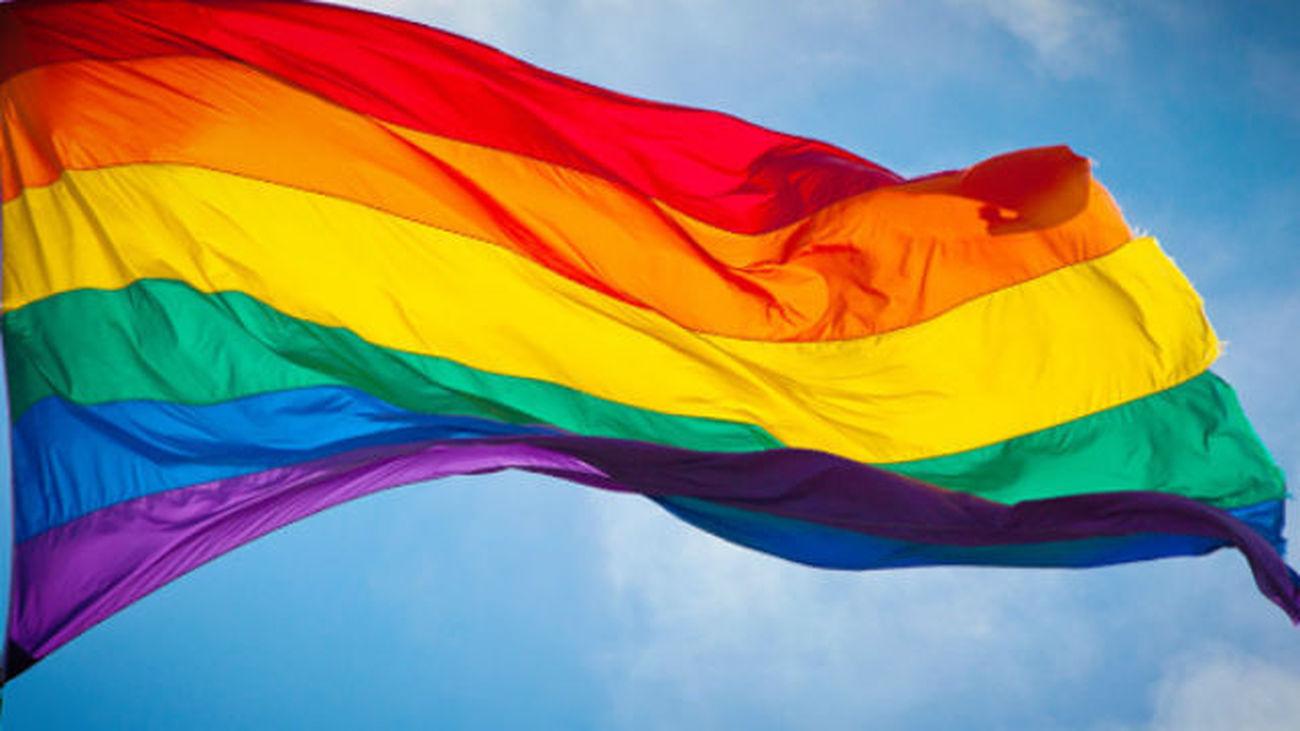 Arcópoli rechaza canciones homófobas en fiestas y promueve visibilidad LGTB