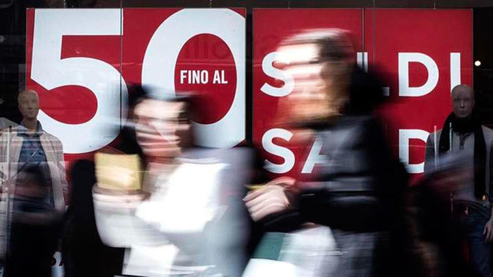 Sanidad rectifica y permite las rebajas desde el lunes en toda España