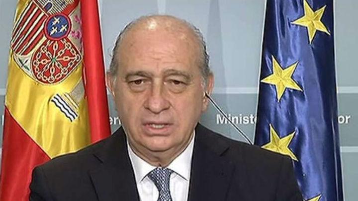 """Fernández Díaz: """"Es evidente que se han adoptado medidas de refuerzo en la frontera"""""""