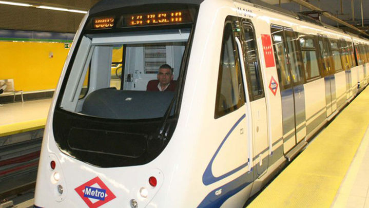 Suspendida la línea 12 de Metro, entre Fuenlabrada Central y Manuela Malasaña, durante al menos 6 horas por descarrilamiento