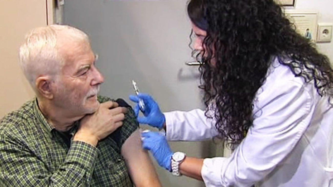 Más de un millón de vacunas contra la gripe en la campaña que comienza el 13