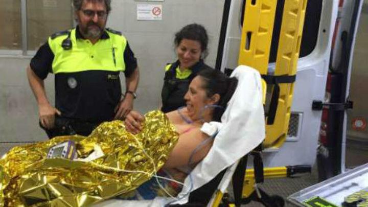 Una mujer da a luz en plena calle en Aravaca