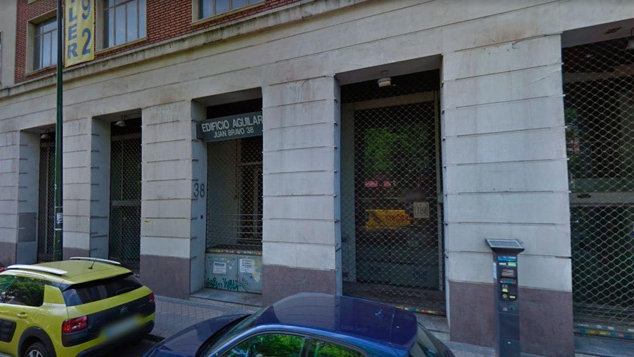 Hogar Social Madrid okupa el antiguo Edificio Aguilar, en Juan Bravo