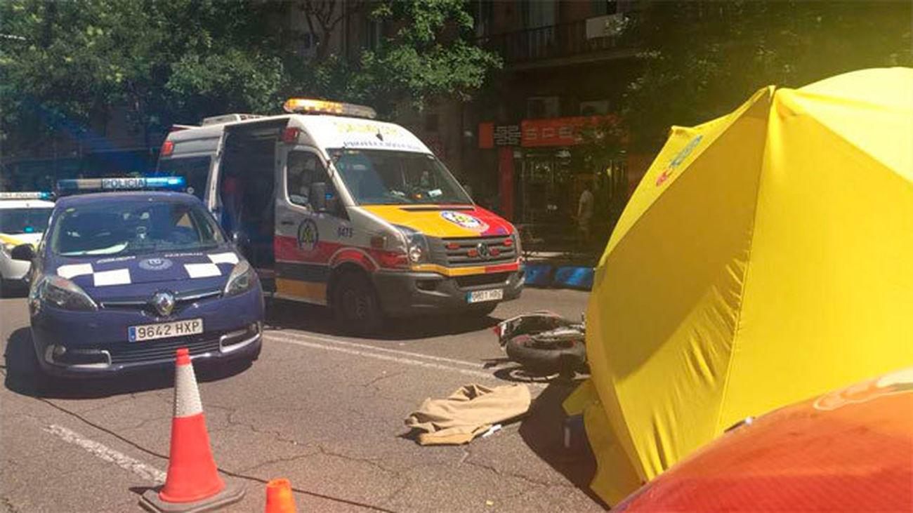 Policía y Samur tras el accidente