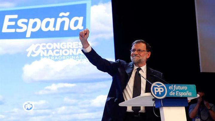 """Rajoy reivindica su labor y promete """"lealtad"""" a su sucesor"""