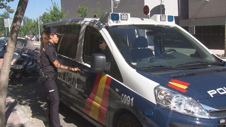 Un hombre mata a su mujer en presencia de su hijo en Málaga