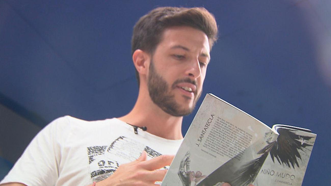 Jota Santatecla, el poeta del metro