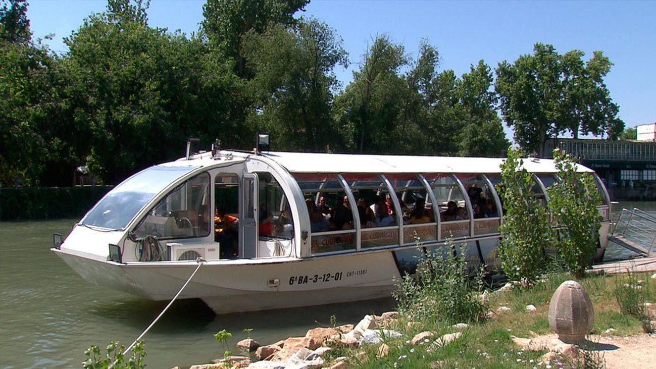 El Curiosity, el único barco de Madrid