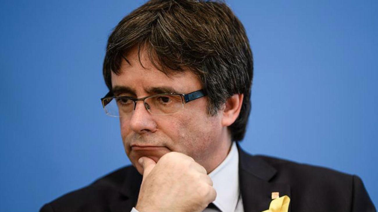 Puigdemont dice que no va tardar 20 años en pisar suelo catalán y  reclama reunirse con el Gobierno