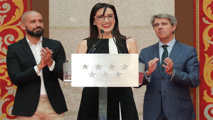 Luz Casal recibe la Medalla Internacional de las Bellas Artes de la Comunidad de Madrid