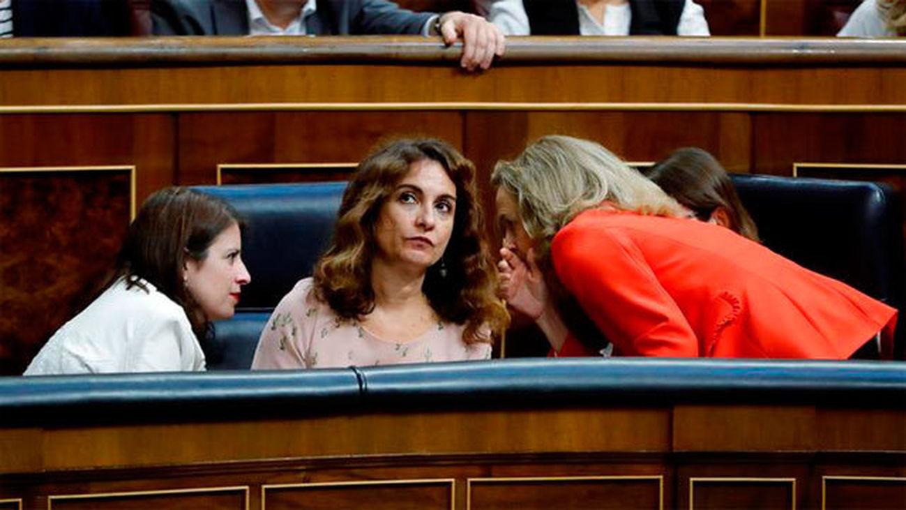 """El Congreso rechaza el techo de gasto del Gobierno y Sánchez reprocha la """"irresponsabilidad"""""""