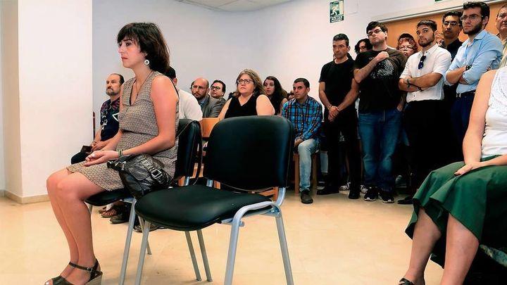 El juez que condenó a Juana Rivas eliminó parráfos que contradicen el fallo judicial