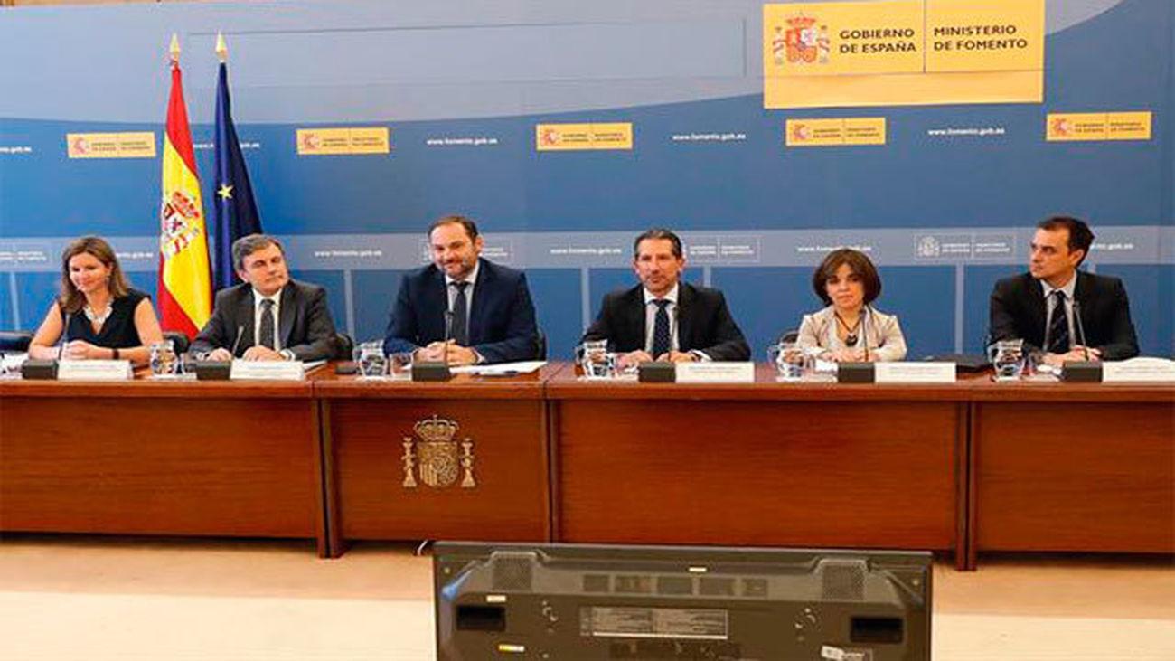 El ministro de Fomento, José Luis Ábalos durante la reunión extraordinaria de la Conferencia Nacional de Transporte